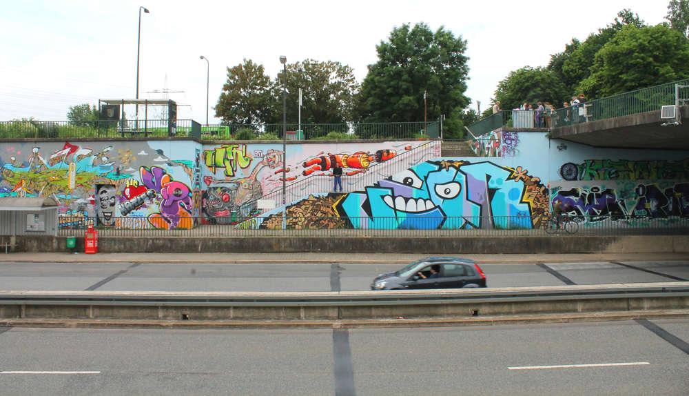 Graffiti Düsseldorf of fame immer neue graffiti kunst in eller 06 2016
